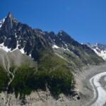 德魯峰與冰海冰川